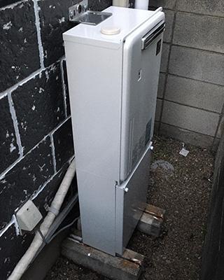 2021年10月20日、東京都杉並区にお住まいS様宅の暖房専用熱源機、高木産業「TP-DN321R-1」をパーパス「GD-700W」にお取替させていただきました。